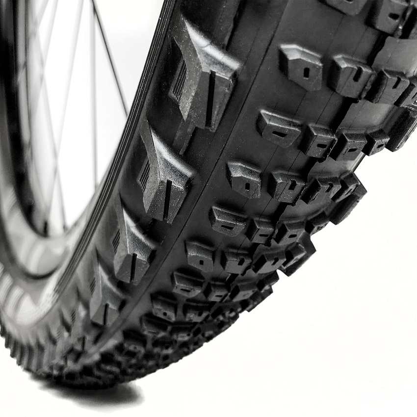 e*13 TRS Race Semi-Slick Tyre